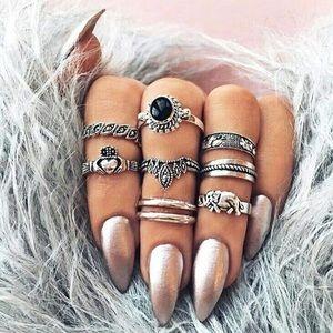 Jewelry - NEW 🌷Mystic Midi Rings Set